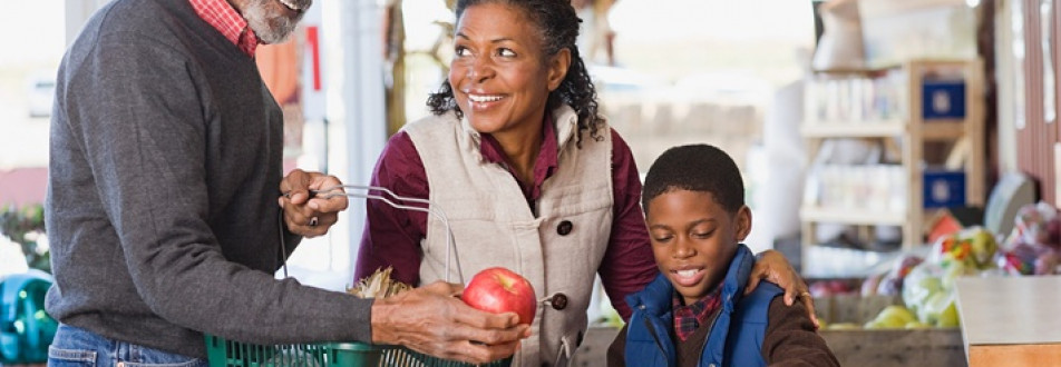 Get 4 Quick Tips to Understand Your Customers' Age Groups and Foods They Will Buy