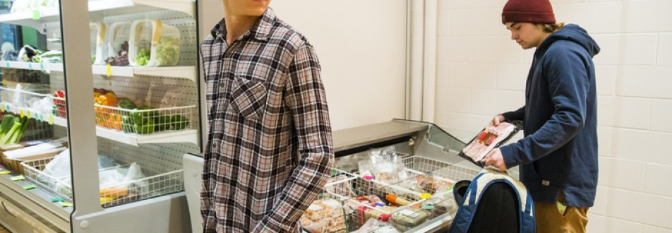 12 Strategies to Prevent Convenience Store Customer Theft